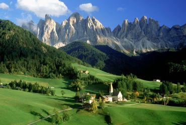 Vasara Dolomitinėse Alpėse