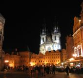 Praha naktį