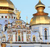 Šv.Mykolo auksinių kupolų soboras