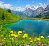 Ežeras Šveicarijos Alpėse