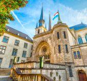 Dievo Motinos katedra Liuksemburge