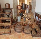 Senovinės kvepalų gamybos priemonės