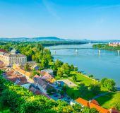 Dunojus ties Estergomu